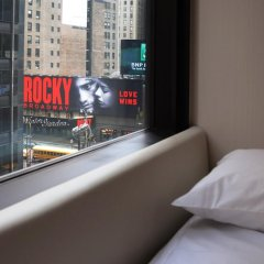 Отель citizenM New York Times Square удобства в номере фото 2