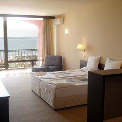 Отель Carina Beach Aparthotel - Free Private Beach комната для гостей фото 3