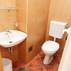 Апартаменты Mila & Aleksandr Apartments ванная фото 2