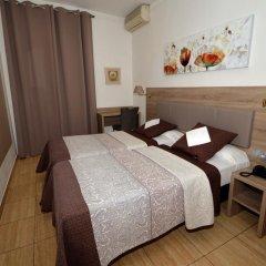 Hotel Parisien 2* Стандартный номер с 2 отдельными кроватями фото 4