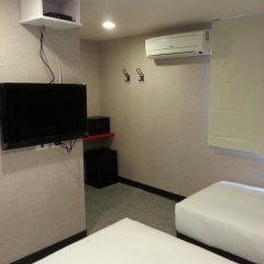 Отель Ximen Taipei DreamHouse 2* Стандартный номер с различными типами кроватей