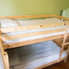 Отель Идеал Кровать в общем номере фото 11