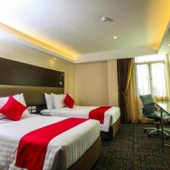 Hotel Royal Bangkok Chinatown 4* Улучшенный номер двуспальная кровать фото 4