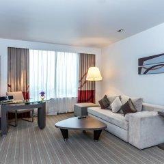 Отель Novotel Bangkok Ploenchit Sukhumvit 4* Улучшенный номер с различными типами кроватей фото 2