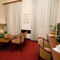 Отель Theaterhotel Wien 4* Полулюкс с разными типами кроватей фото 3