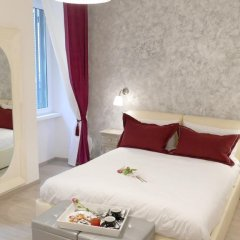 Отель Your Vatican Suite Номер Делюкс с двуспальной кроватью фото 7