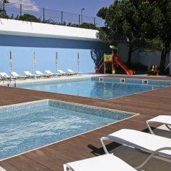 Отель Novotel Lisboa бассейн