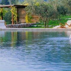 Отель Villa della Genga Country Houses Сполето бассейн