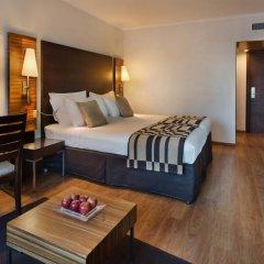 Crowne Plaza Tel Aviv Beach 3* Улучшенный номер с различными типами кроватей