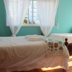 Хостел Ericeira Chill Hill Hostel & Private Rooms Стандартный номер с различными типами кроватей фото 5