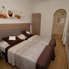 Hotel Parisien 2* Стандартный номер с 2 отдельными кроватями фото 8