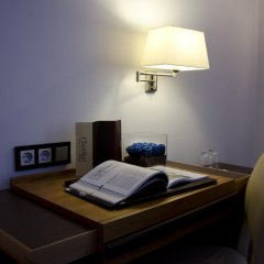 Hotel Claridge Madrid 4* Стандартный номер с различными типами кроватей