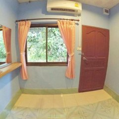 Отель Marina Hut Guest House - Klong Nin Beach 2* Стандартный номер с различными типами кроватей фото 17