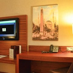 Отель Holiday Inn Istanbul Sisli 5* Стандартный номер с различными типами кроватей