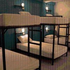 Отель Patong Backpacker Hostel Таиланд, Карон-Бич - отзывы, цены и фото номеров - забронировать отель Patong Backpacker Hostel онлайн комната для гостей фото 5