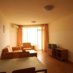 Апартаменты Menada Sea Grace Apartments Солнечный берег комната для гостей фото 2