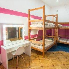 Хостел Берлога Кровать в женском общем номере с двухъярусной кроватью фото 5