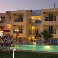 Апартаменты Sunshine Studios & Apartments бассейн
