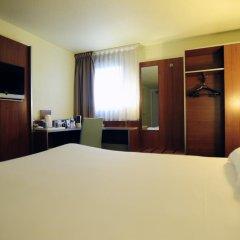 Comfort Hotel Aeroport Lyon St Exupery 3* Стандартный номер с различными типами кроватей фото 3