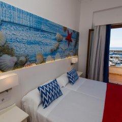 Отель Hostal Cala Ratjada комната для гостей фото 2
