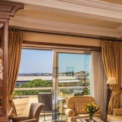 Отель Rome Cavalieri, A Waldorf Astoria Resort 5* Номер Делюкс с различными типами кроватей фото 3