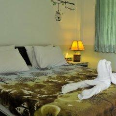 Отель Karon Thira Guesthouse Номер Эконом разные типы кроватей