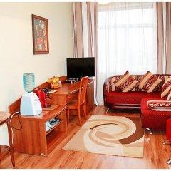 Гостиница Октябрьская Люкс с разными типами кроватей фото 2