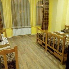 Old Yerevan Hostel And Tours интерьер отеля фото 2