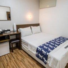 Отель Ekonomy Guesthouse Haeundae 3* Номер категории Эконом с различными типами кроватей фото 4