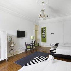 Отель Typical Lisbon Guest House Стандартный номер с различными типами кроватей фото 12