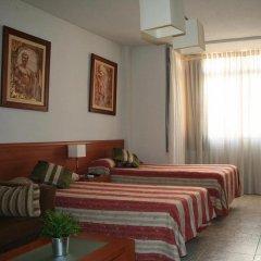 Отель Cuatro Caminos комната для гостей фото 2