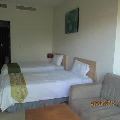 Отель Karon Hill Residence комната для гостей