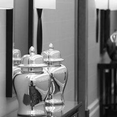 Отель The Savoy 5* Улучшенный номер с различными типами кроватей фото 8