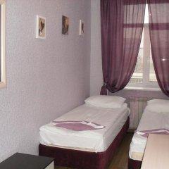 Гостиница Nardzhilia Guest House Номер категории Эконом с 2 отдельными кроватями (общая ванная комната) фото 8