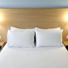 Отель Travelodge Madrid Torrelaguna 3* Стандартный номер с различными типами кроватей фото 2