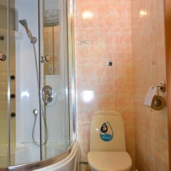 Hotel Oktyabr'skaya On Belinskogo Стандартный номер разные типы кроватей фото 19