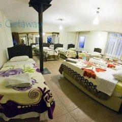 Atilla's Getaway Кровать в общем номере с двухъярусной кроватью фото 2