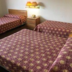 Tamuning Plaza Hotel 2* Стандартный семейный номер с двуспальной кроватью фото 3