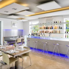 Отель Narie Resort & SPA гостиничный бар