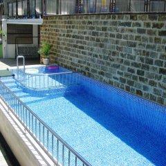 Гостиница Lemongrass Guest House бассейн