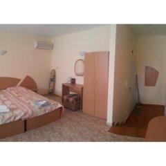Апартаменты Sunny Fort Studio Солнечный берег комната для гостей фото 3