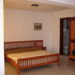 Отель Sunny Beach Holiday Villa Kaliva Стандартный номер с различными типами кроватей фото 4
