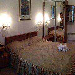 Гостиница Ист-Вест 4* Стандартный номер двуспальная кровать фото 5