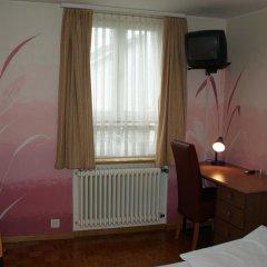 Hotel Limmathof 2* Стандартный номер с двуспальной кроватью фото 2