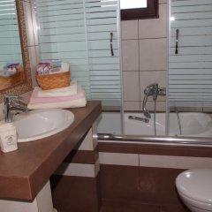 Отель Sofia Luxury Maisonettes Ситония ванная