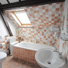 Отель Drapers Hotel Великобритания, Колчестер - отзывы, цены и фото номеров - забронировать отель Drapers Hotel онлайн ванная фото 2