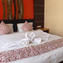 Dengba Hostel Phuket Улучшенный номер с различными типами кроватей фото 14