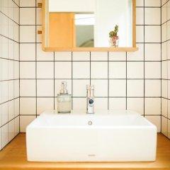 Отель Travelers House on the ROUTE Нагасаки ванная фото 2