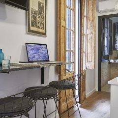 Отель AinB Gothic-Jaume I Apartments Испания, Барселона - 3 отзыва об отеле, цены и фото номеров - забронировать отель AinB Gothic-Jaume I Apartments онлайн интерьер отеля