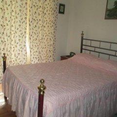 Отель Pensao Sao Joao da Praca 2* Стандартный номер с двуспальной кроватью (общая ванная комната) фото 3